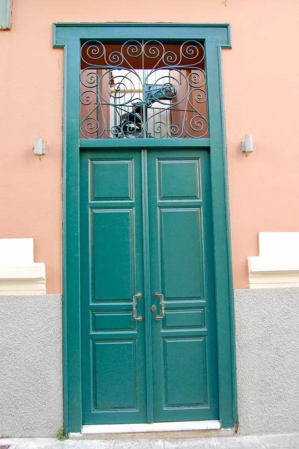 plaka-green-door-3