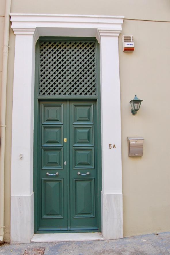 plaka-greendoor-2