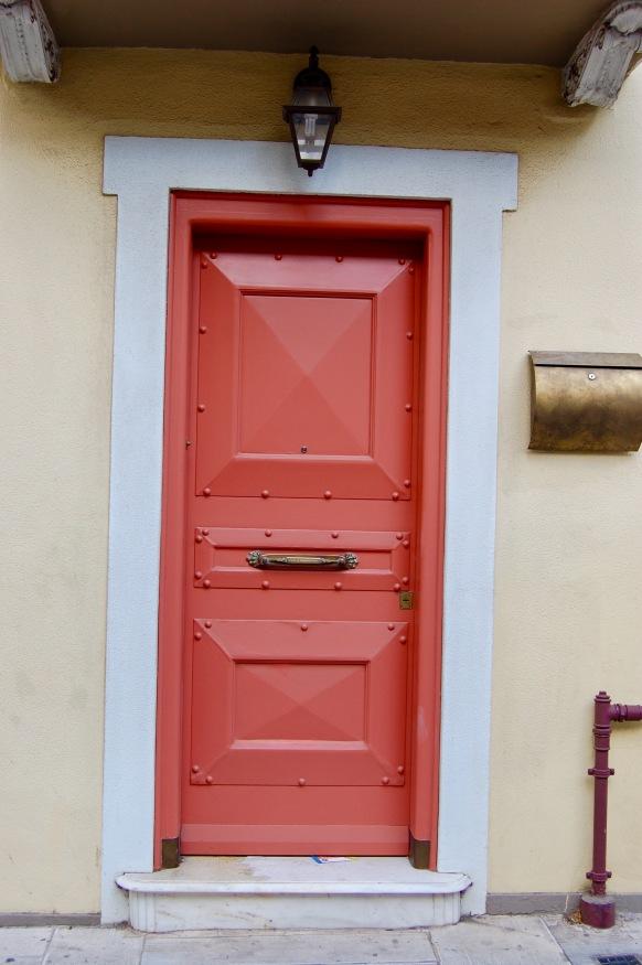 plaka-red-door-2