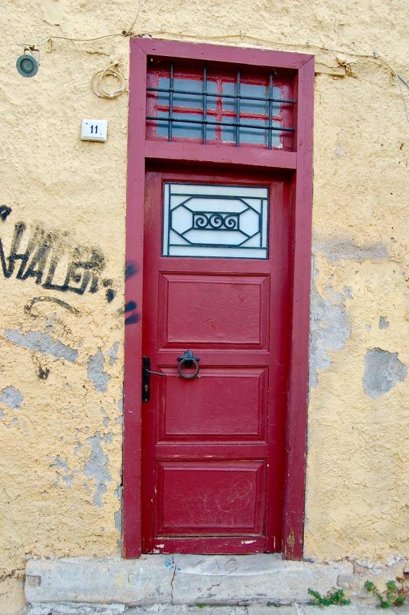 plaka-red-door-3
