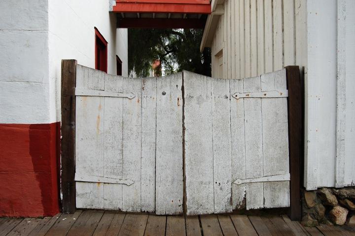 san-juan-bautista-gate