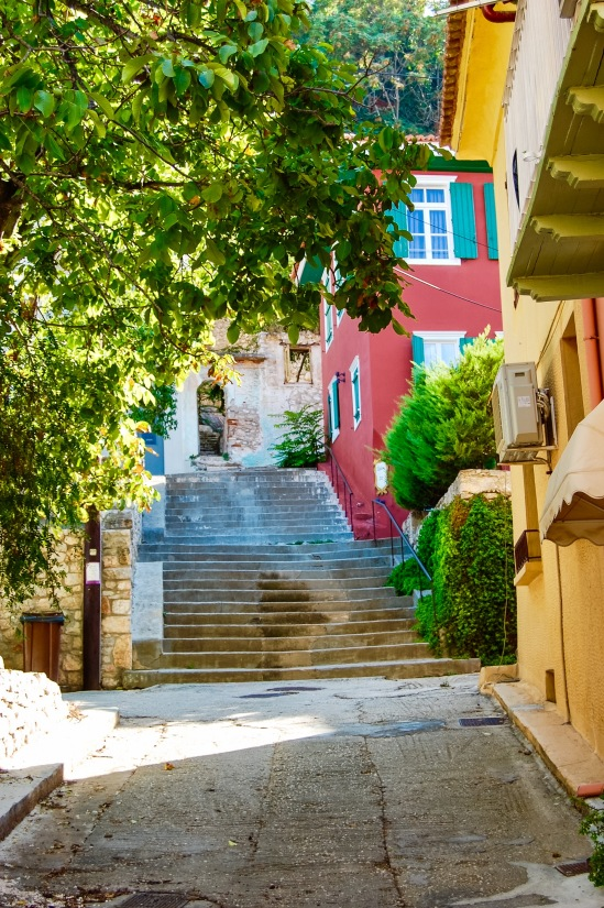 vibrant-colors-of-nafplio-8
