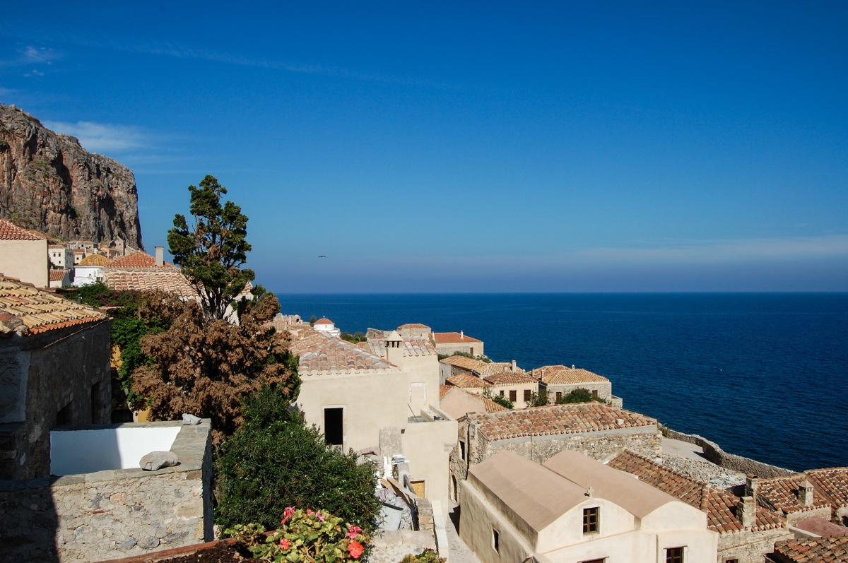 view-to-sea-from-monemvassia_edited