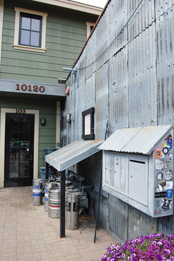 Truckee - The Coffeebar Sideyard