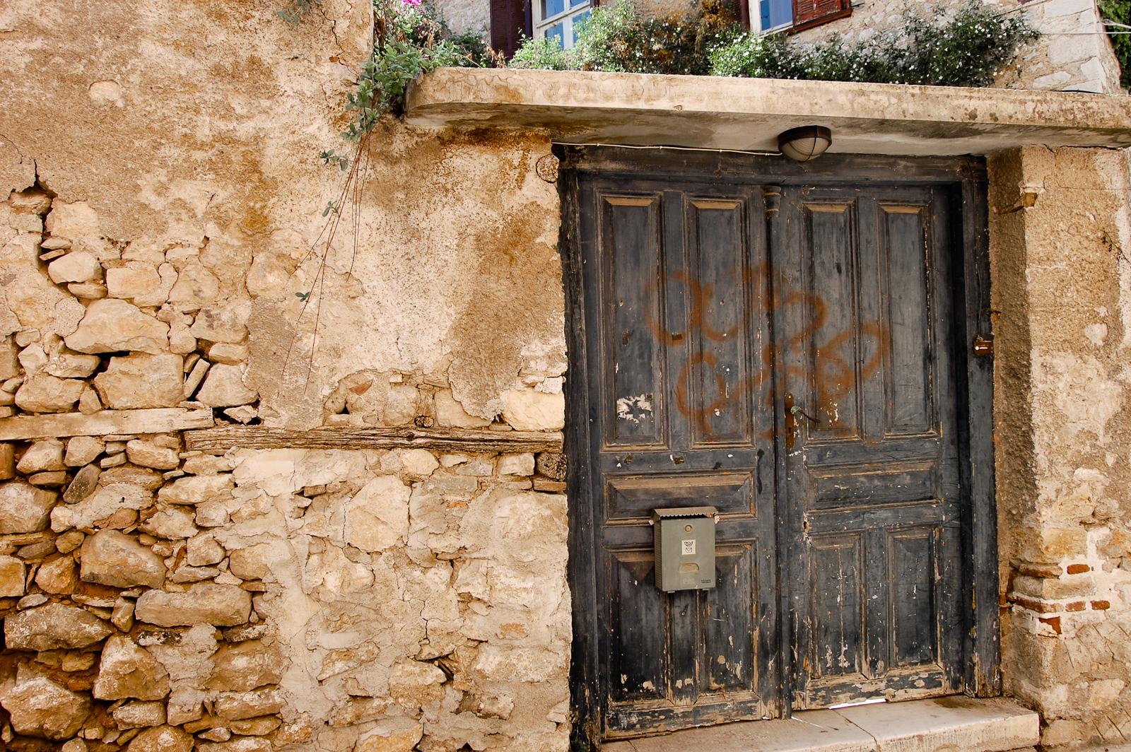 Decaying Door in Nafplio