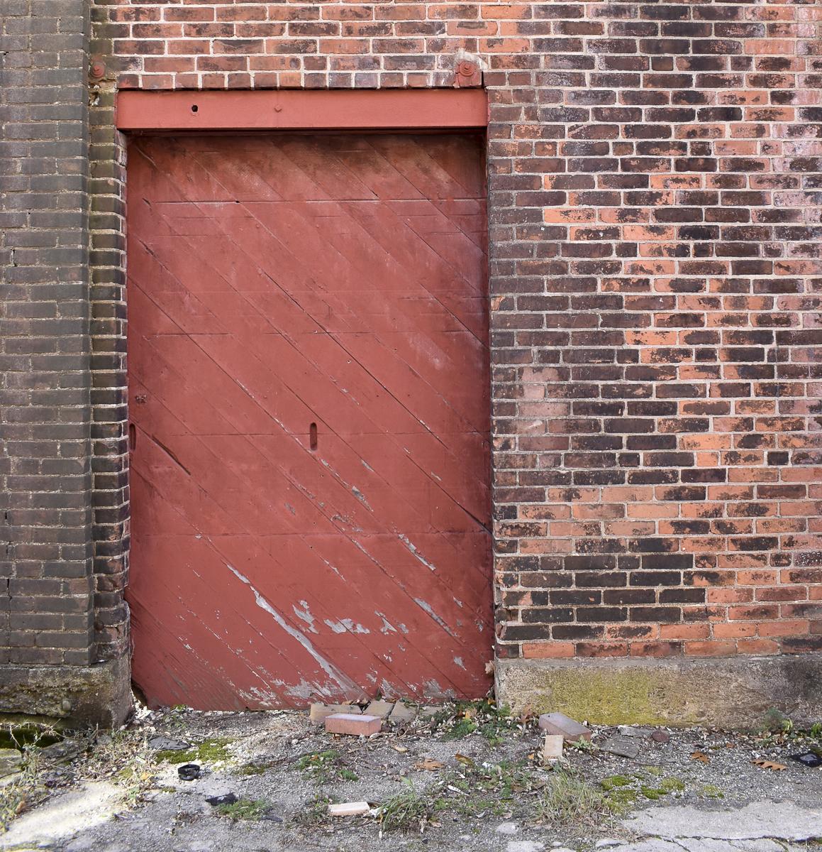 & Axes \u0026 Red Doors \u2013 Note to Traveler