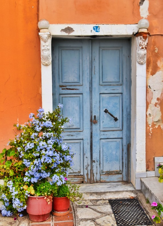Blue Door Parga L2